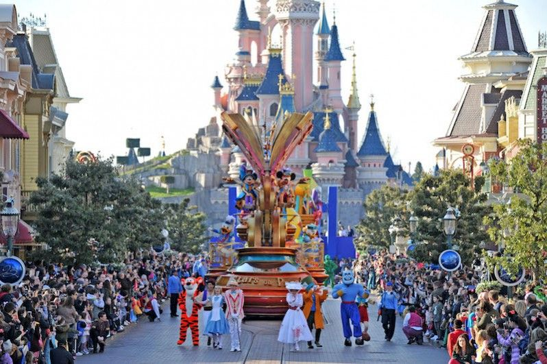 Disneyland® Paris: 25 fantastici anni - Lonely Planet