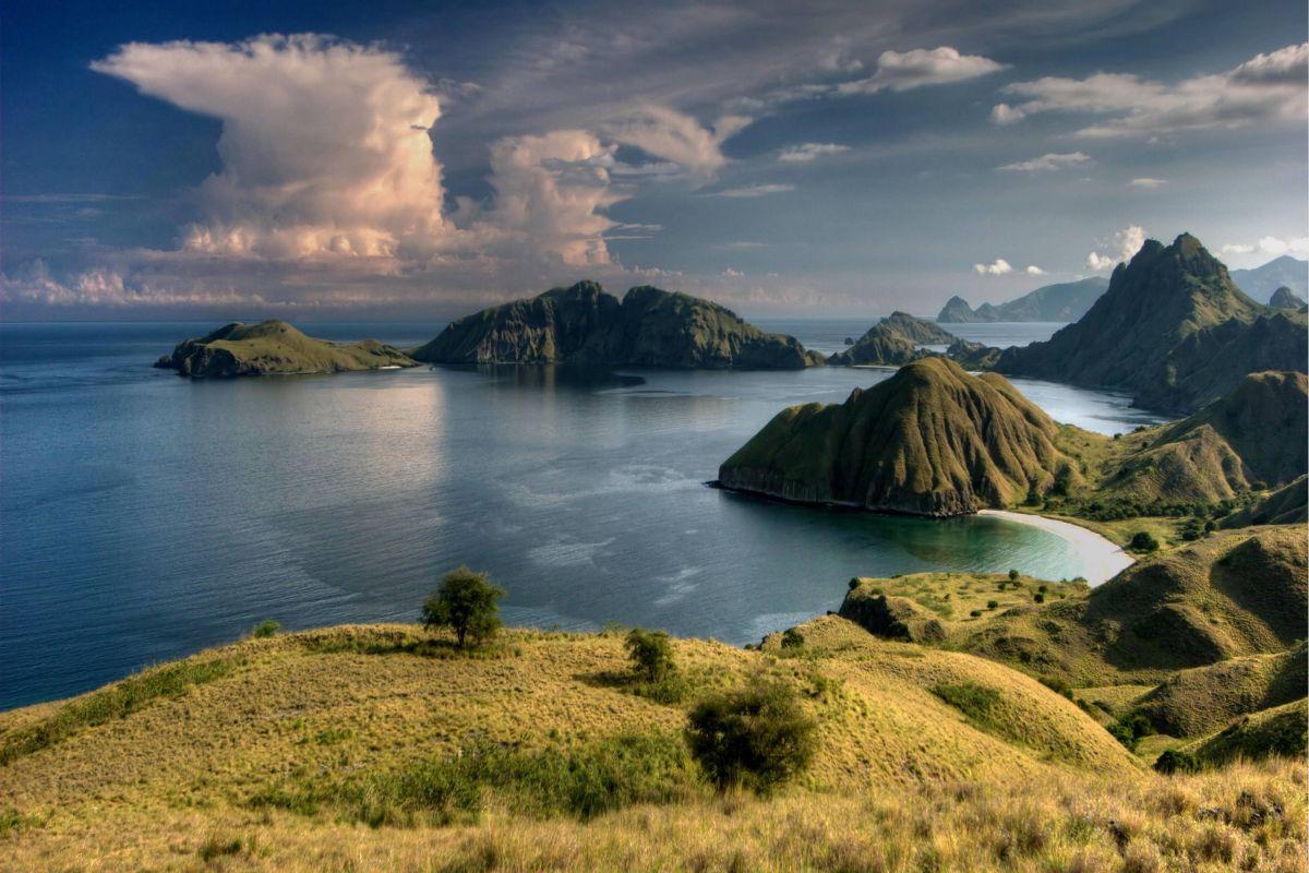 Viaggiare da un'isola all'altra in Nusa Tenggara, Indonesia