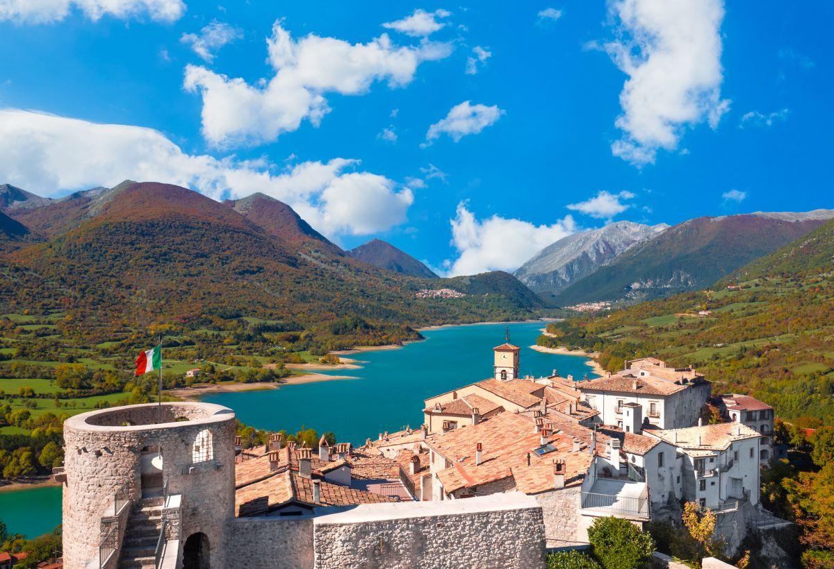 In Abruzzo: due percorsi tra lupi ed eremiti